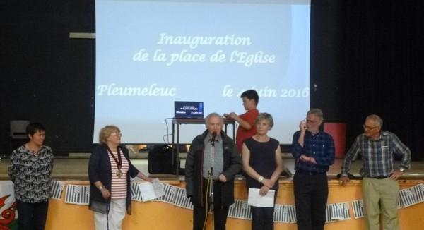 39--Des officiels Anne Sophie, Mme le Maire, Ray Fabienne ,Stuart Nick