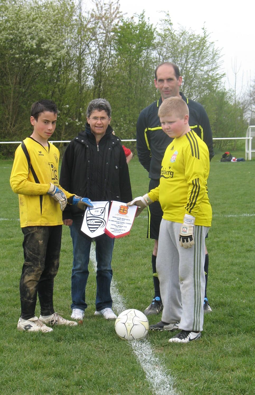 Jumelage Pleumeleuc-Llanfairfechan : les équipes de foot