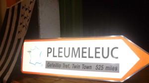 panneau Pleumeleuc miles